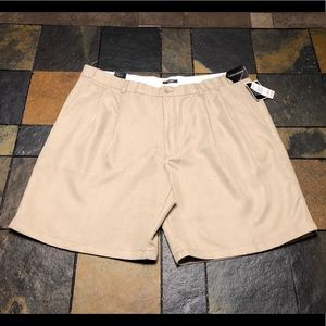 NWT!! Alfani Lightweight Tan Shorts Men's sz 42
